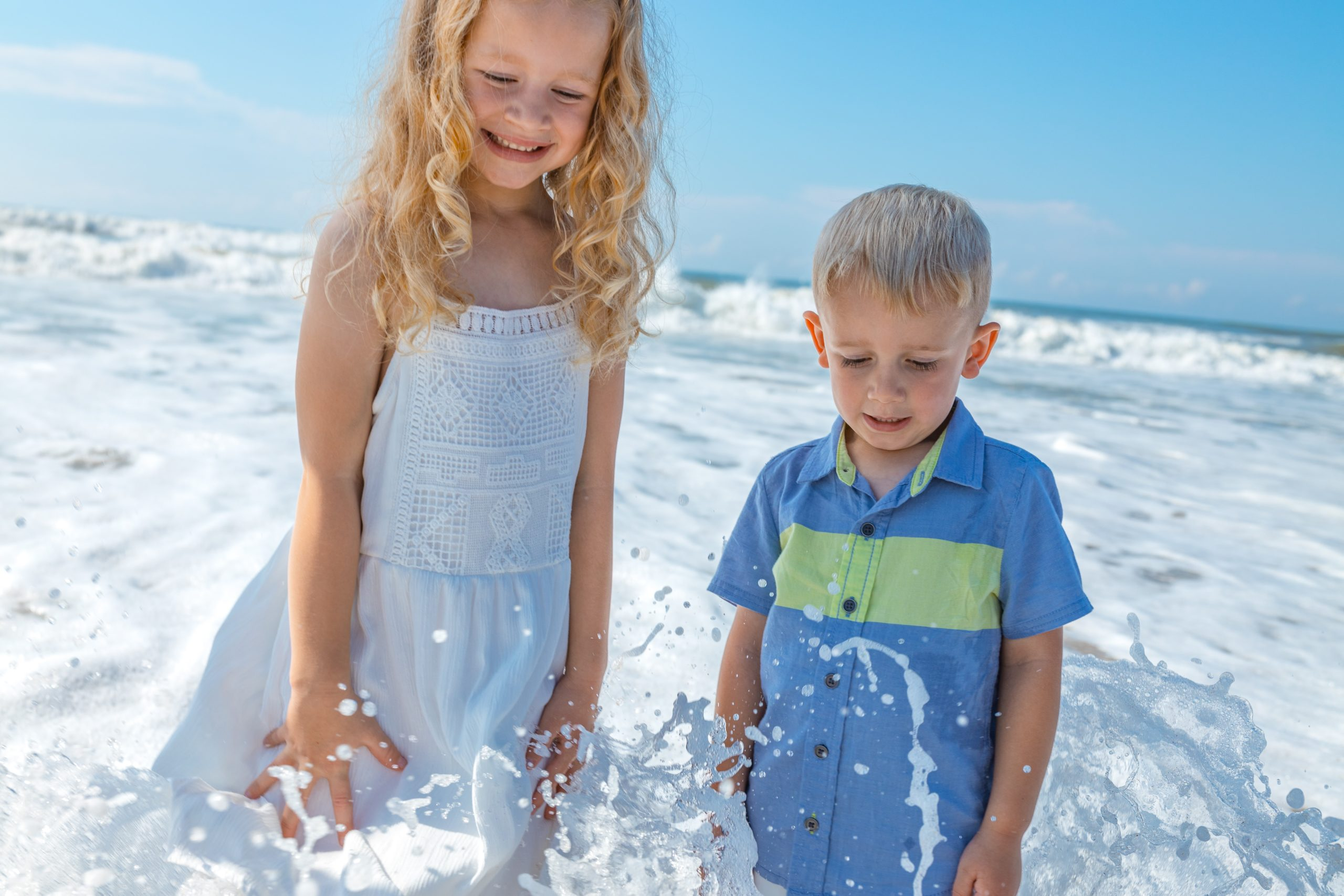 Engaging + Collaborative FT Nanny NEEDED in Brentwood! Great Family!!