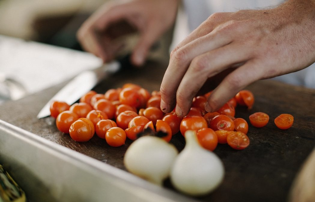 Professional Private Chef NEEDED for Busy CEO + Family (2 adults & 2 children) in Pacific Palisades!