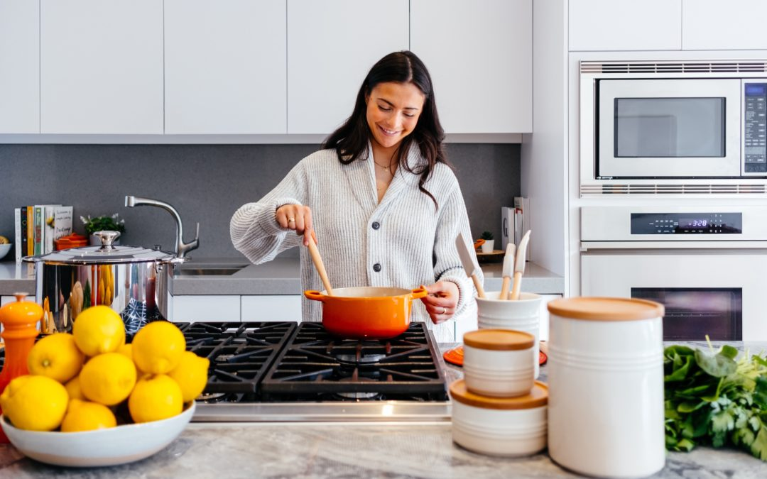 Part Time Housekeeper/Cook NEEDED in the Pacific Palisades! $25-$35/hr!